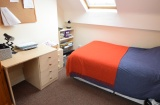 Ecclesall Road - Sheffield Student House - Attic Bedroom