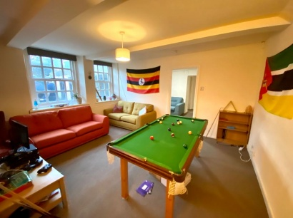Basement Flat, 301 Fulwood Road, Broomhill