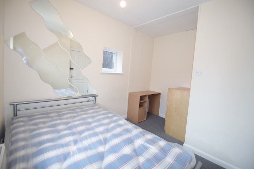 Neill Road, Sheffeld Student Property - External
