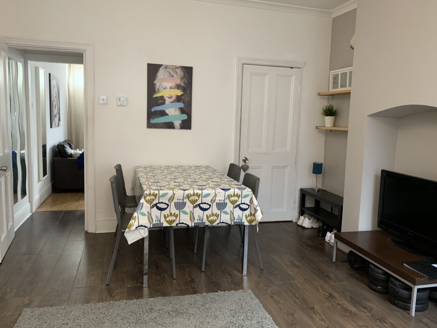 Neill Road - Sheffield Student Property - Dining Room