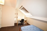 Springvale Road - Sheffield Student House - Attic Bedroom
