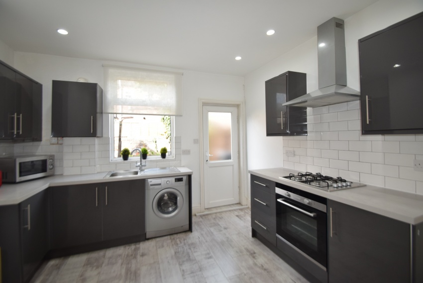 Harefield Road - Sheffield Student House - Kitchen