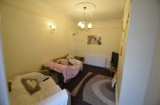 Thompson Road, Sheffield Student Housing - Living Area