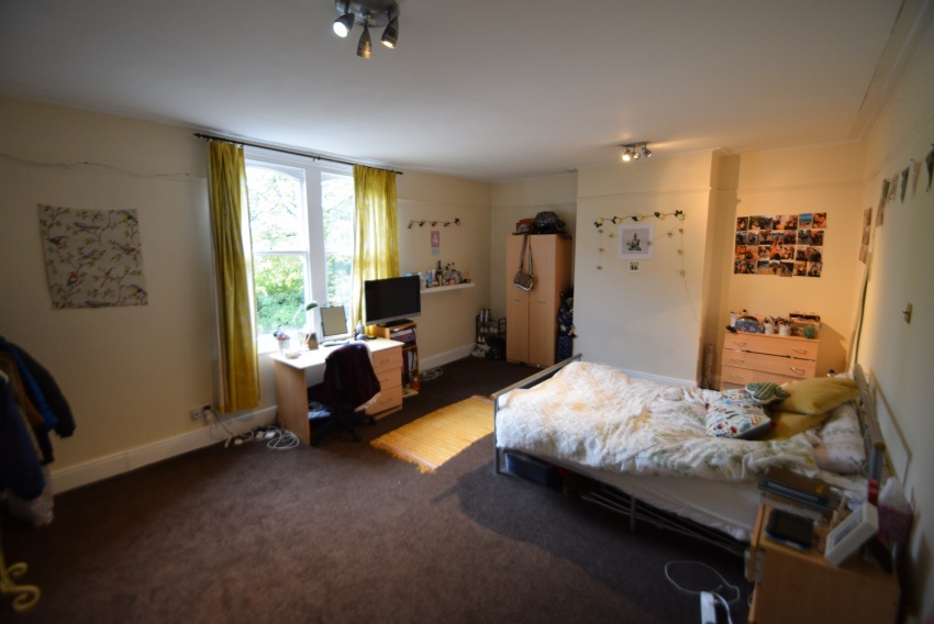Thompson Road, Sheffield Student Property - Bedroom