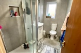 Cobden View Road - Sheffield Student Property - Shower Room