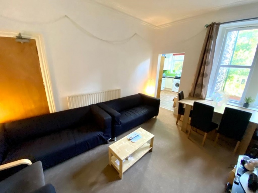 Marlborough Road, Sheffield Student Property - Living Area