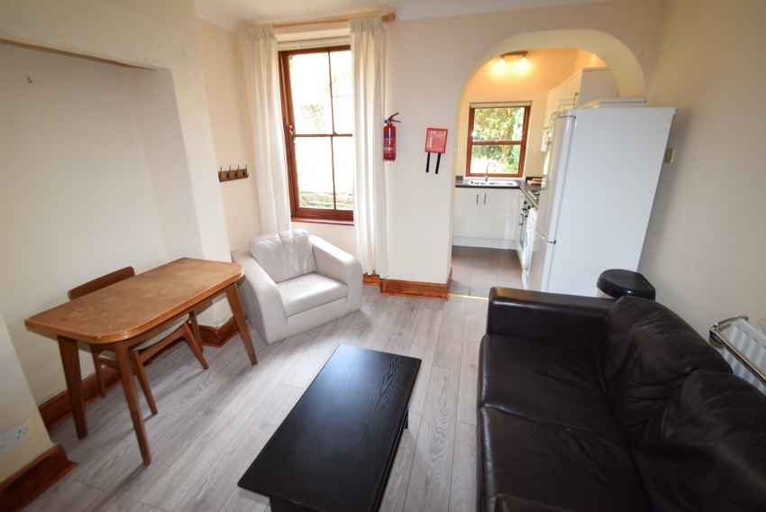 3 Bed Student House Crookesmoor - 18 Beehive Road