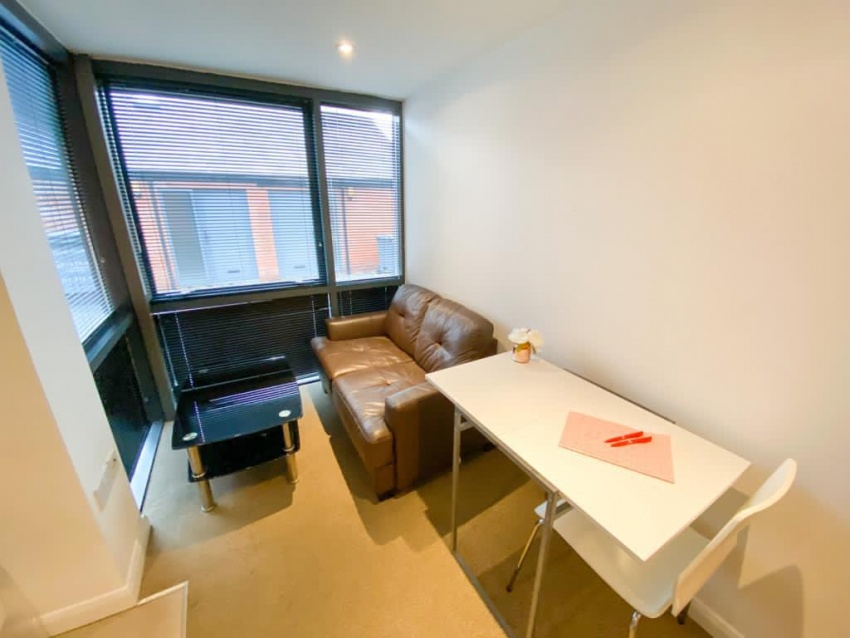 Filey Lane - Student Studio - Living Area