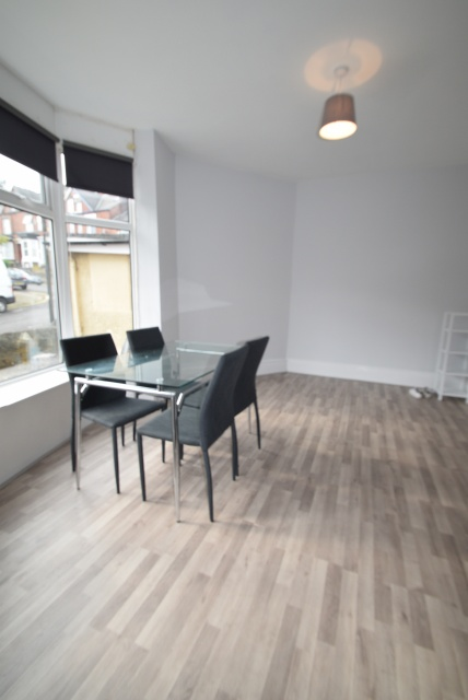 Everton Road, Sheffield Student Housing - Dining Area