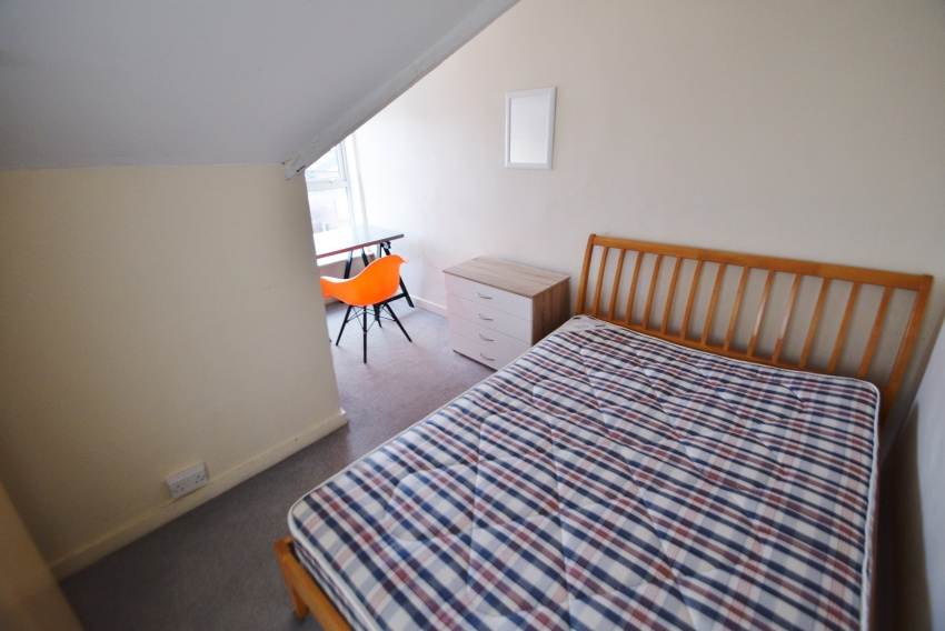 Everton Road, Sheffield Student Housing - Bedroom