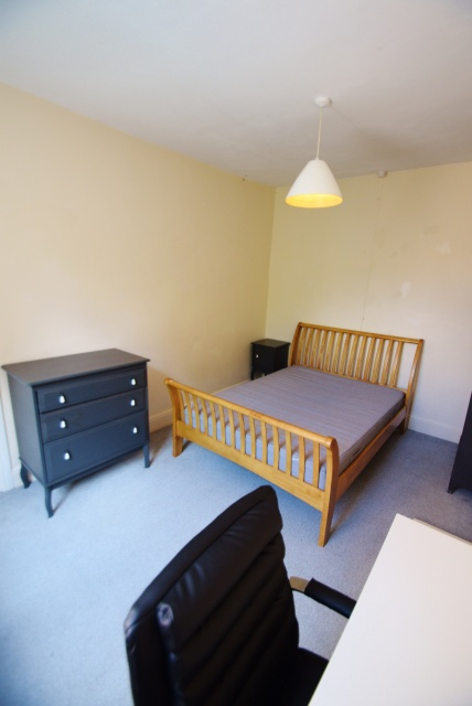 Everton Road, Sheffield Student Property - Bedroom