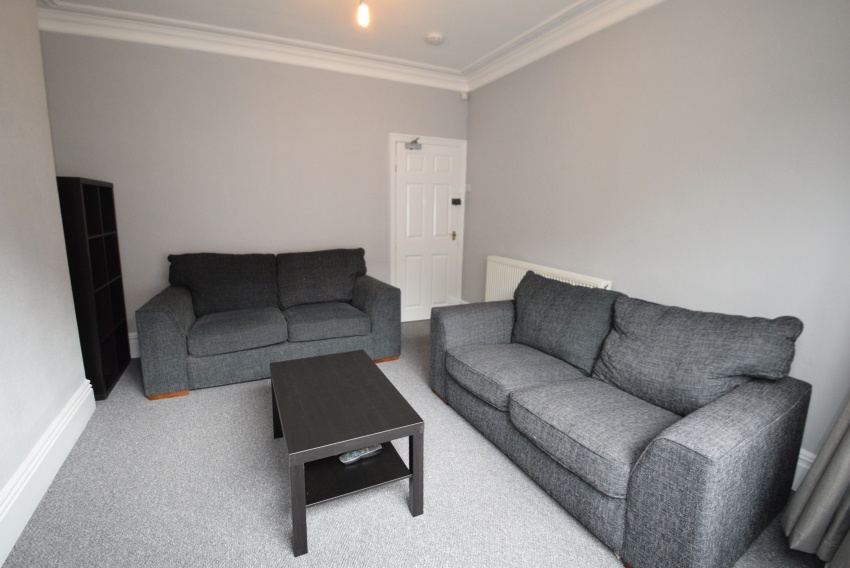Bowood Road - Sheffield Student Property - Lounge