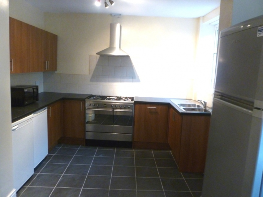 Harcourt Road, Sheffield Student Housing - Kitchen