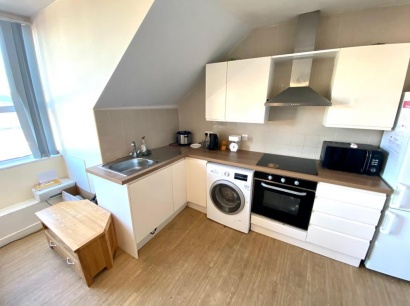 London Road - Sheffield Student Apartment - Kitchen