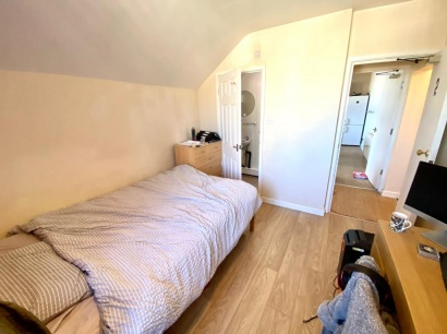 London Road - Sheffield Student Apartment - Bedroom