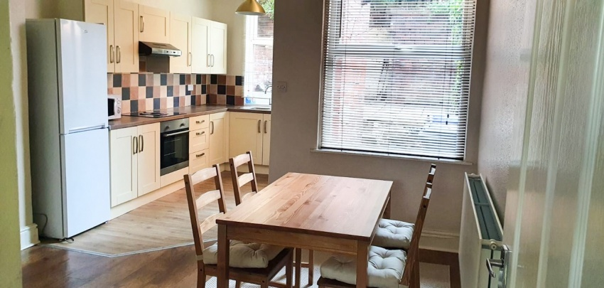 Sharrowvale Road, Sheffield Student Housing - Kitchen/Dining Area