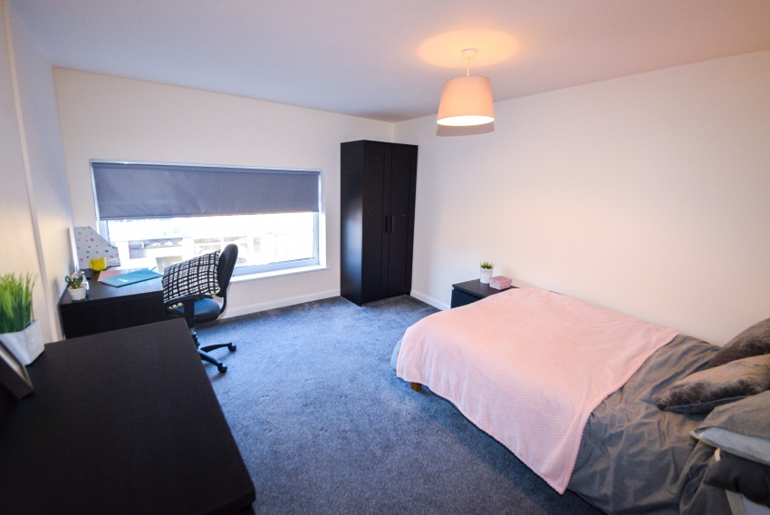 Crookes, Sheffield Student Housing - Bedroom
