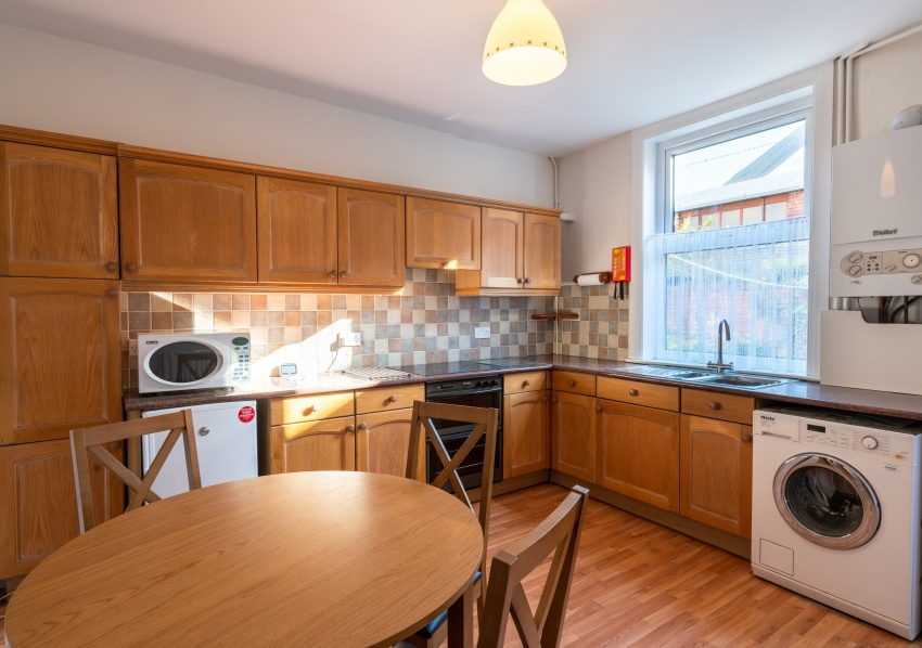 Rosedale Road, Sheffield Student Housing - Kitchen.Dining