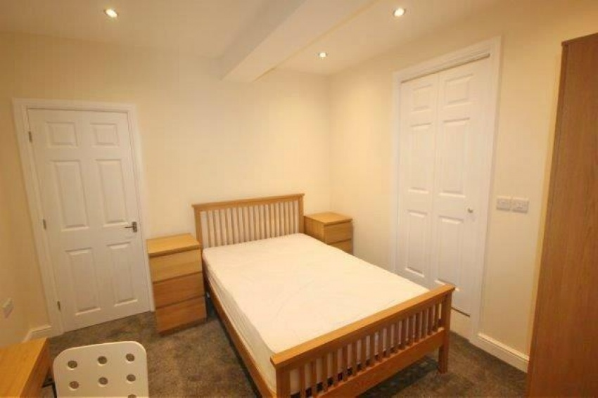 Endcliffe Terrace Road - Sheffield Student House - Bedroom