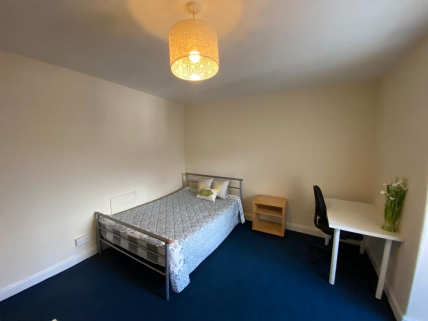 Cowlishaw Road, Sheffield Student Housing - Bedroom
