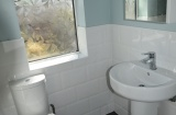 61 Cowlishaw Road - Sheffield Student  Property - Bathroom